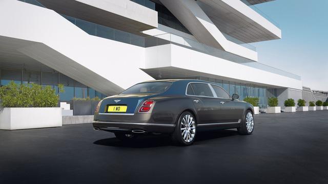 Bentley Mulsanne phiên bản vàng và bạc trình làng - Ảnh 3.
