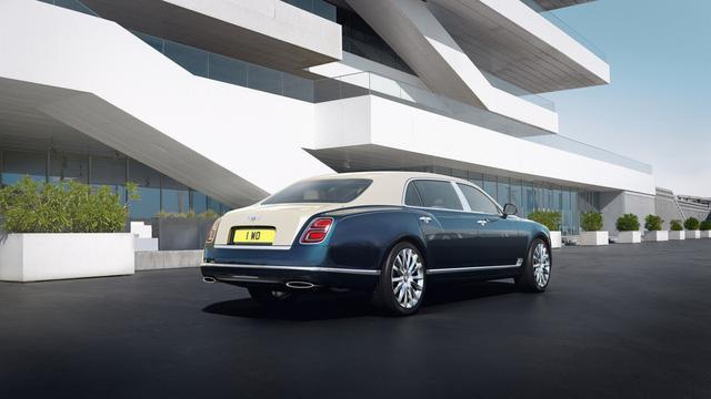 Bentley Mulsanne phiên bản vàng và bạc trình làng - Ảnh 4.
