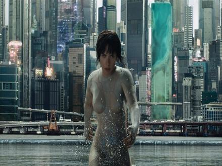 Trang phục tàng hình của Scarlett Johansson trong 'Vỏ bọc ma'