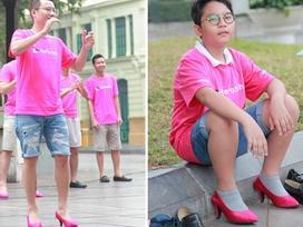 'Chết cười' chứng kiến bố con Hoàng Bách đi giày cao gót nhảy flashmob