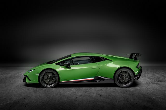 Lamborghini Huracan Performante chính thức trình làng, giá từ 6,3 tỷ Đồng - Ảnh 10.
