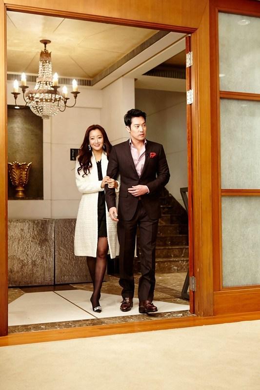 Gia thế và ngoại hình chồng mỹ nhân tự nhận đẹp nhất Hàn Quốc Kim Hee Sun - Ảnh 5.