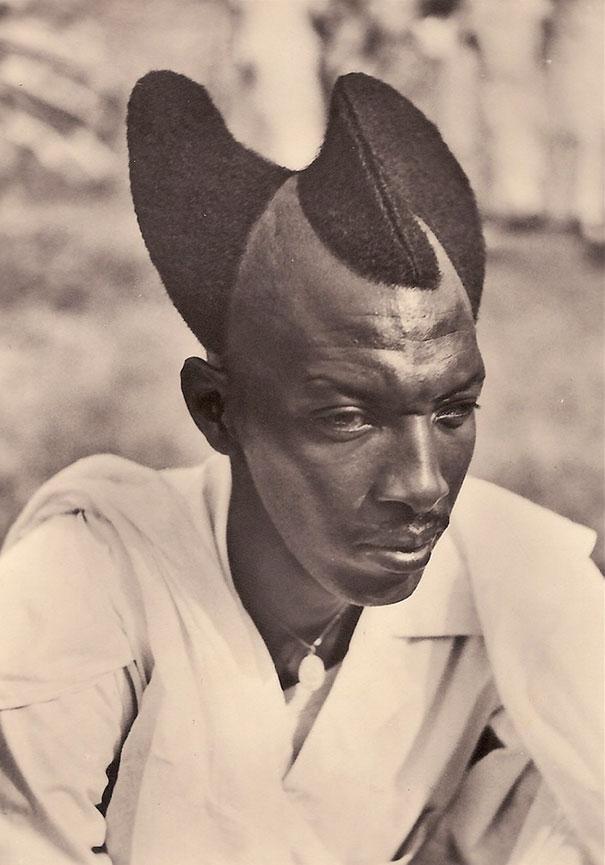 Với người Rwandan, mốt tóc vầng trăng khuyết là một nét văn hóa thời trang độc đáo - Ảnh 1.
