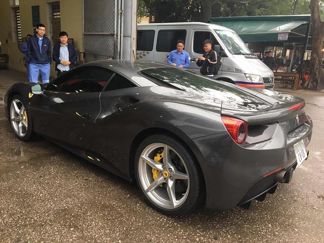 Bật mí về biển số lạ trên siêu xe Ferrari 488 GTB tại Thủ đô - Ảnh 6.