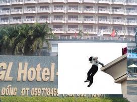 Nhảy từ tầng 12 khách sạn, nam thanh niên tử vong