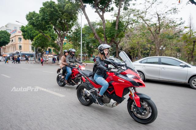 Hà Nội: Dàn nữ biker xuống phố ngày 8/3 - Ảnh 6.