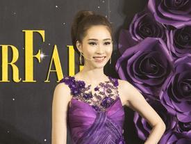Lộ clip hoa hậu Đặng Thu Thảo nói tiếng Anh kém trôi chảy