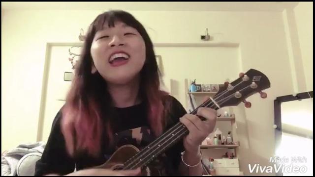 Trang Hý lại làm chao đảo thế giới ảo với clip cover đẹp – độc – bựa - Ảnh 2.
