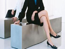 Nhìn tướng ngồi của đàn bà, đoán ngay ra chồng có thể 'thăng quan, tiến chức' hay không?