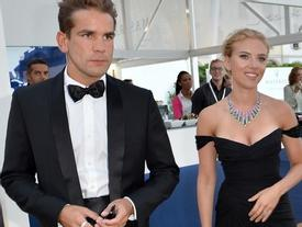 Chồng Scarlett Johansson sốc khi vợ đệ đơn ly hôn