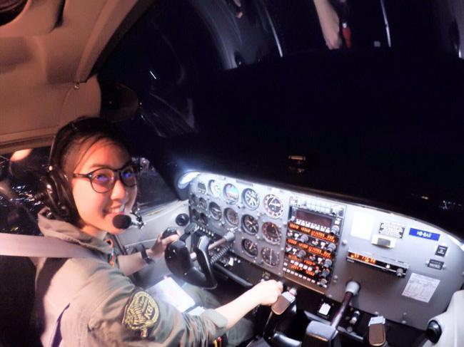 Nhan sắc nữ phi công được mệnh danh là xinh đẹp nhất Thái Lan - Ảnh 2.