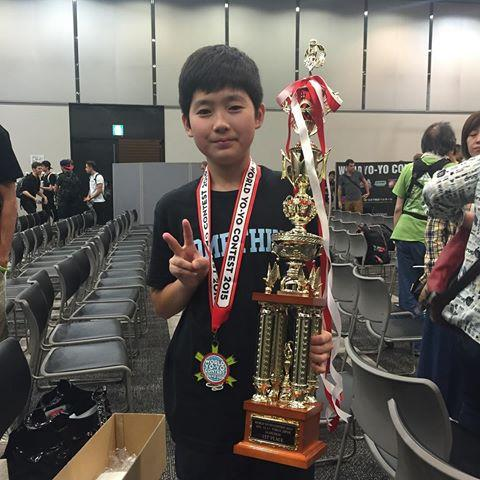 Hajime Miura - Cậu nhóc 11 tuổi ba lần vô địch Yoyo thế giới-1