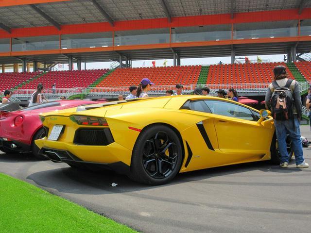 Siêu xe và xe thể thao cao cấp hội ngộ tại trường đua 2.000 tỷ Đồng của Dũng lò vôi - Ảnh 8.