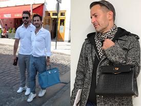 Mặc áo lông hồng xách túi Kelly, cả làng thiết kế đâu ai bì nổi Marc Jacobs!