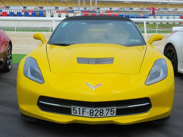 Nữ tay đua đốt lốp Chevrolet Corvette C7 Stingray mui trần tại trường đua 2.000 tỷ Đồng của Dũng lò vôi - Ảnh 6.