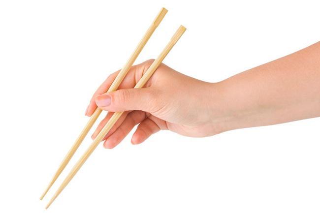 Dùng đũa ăn cơm bao năm nay nhưng chưa chắc bạn đã biết những điều này - Ảnh 2.