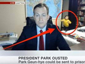 """Gia đình trong đoạn video phỏng vấn BBC nổi tiếng thế giới lần đầu lên tiếng về sự cố """"không thể đáng yêu hơn"""""""
