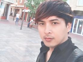 Hồ Quang Hiếu 'tẽn tò' khi bị nhắc sắp U40 mà không chịu lấy vợ