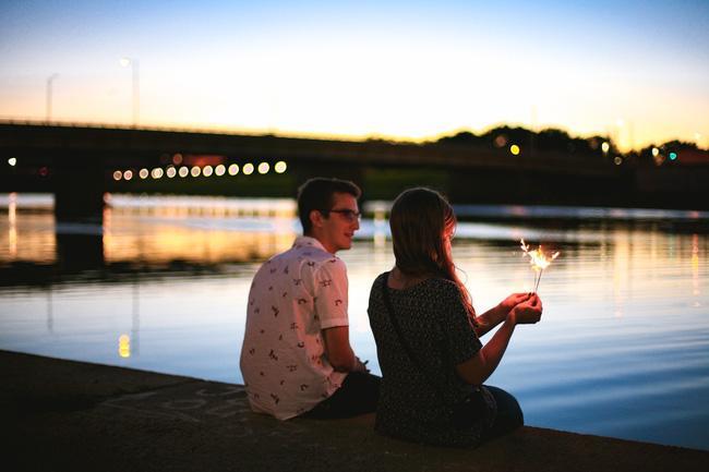 Nhiều người yêu lâu quên cả cưới, nhiều người mới cưới quên cả yêu - Ảnh 2.