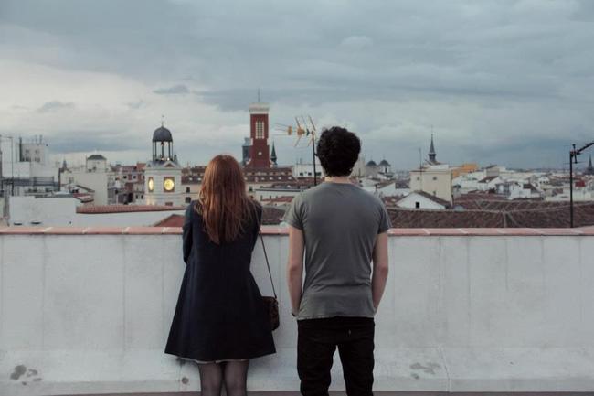 Chuyện tình yêu là do duyên phận hay do sự lựa chọn của mỗi người?