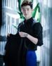 """Kang Chul (Lee Jong Suk) trong """"W: Two Worlds"""": Kang Chul là nam chính trong bộ truyện tranh W. Kang Chul từng đạt huy chương vàng môn bắn súng tại Olympic. Anh là đồng chủ tịch của tập đoàn JN Global và chủ sở hữu kênh truyền hình Channel W."""