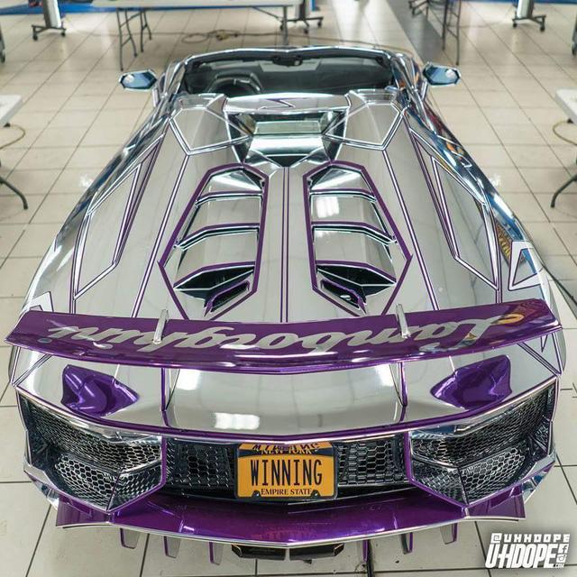 Lamborghini Aventador SV mui trần nổi bật với bộ cánh mạ crôm phối tím - Ảnh 5.