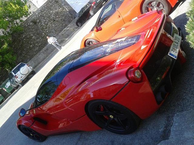 Bắt gặp Bugatti Chiron của cựu chủ tịch Volkswagen trên đường không giới hạn tốc độ - Ảnh 4.
