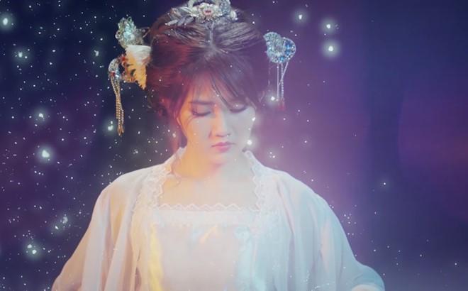Kieu Trinh xinh dep trong lan dau tham gia MV co trang hinh anh 1