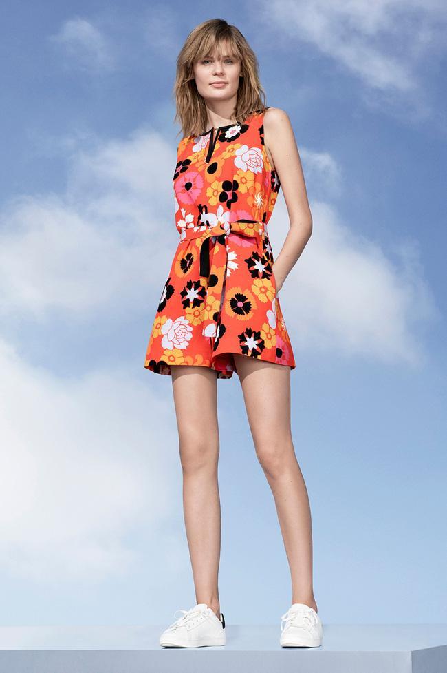 Lần đầu tiên trong đời, Victoria Beckham ra đường chỉ với một trang phục giá hơn 1 triệu đồng! - Ảnh 8.