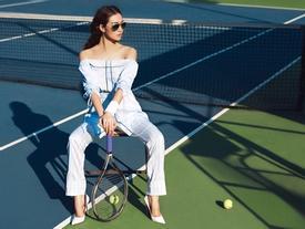 Khánh My chơi trội đi giày cao gót đánh tennis