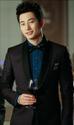 Anh là chủ tịch trẻ tuổi nhất của thương hiệu thời trang cao cấp Artermis tại Hàn Quốc.