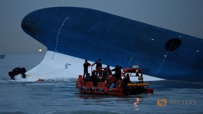 Hàn Quốc sắp trục vớt phà Sewol, hy vọng thấy 9 thi thể cuối - Ảnh 1.