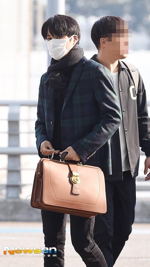 Hot boy EXO khien mau tui hang hieu ban chay hinh anh 1