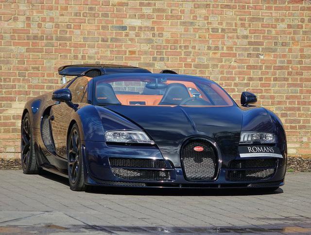 Chạy gần 3.000 km, Bugatti Veyron Grand Sport Vitesse vẫn có giá chát 67 tỷ Đồng - Ảnh 2.