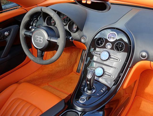 Chạy gần 3.000 km, Bugatti Veyron Grand Sport Vitesse vẫn có giá chát 67 tỷ Đồng - Ảnh 12.