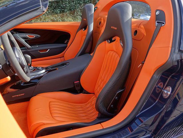 Chạy gần 3.000 km, Bugatti Veyron Grand Sport Vitesse vẫn có giá chát 67 tỷ Đồng - Ảnh 9.