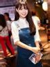 Ngày càng nổi tiếng, thời trang của Nhã Phương cũng nâng tầm đẳng cấp, cô thường xuyên xuất hiện nơi đông người với những bộ cánh sang trọng, thanh lịch.