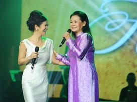 Hai 'nàng thơ' Khánh Ly và Hồng Nhung song ca tưởng nhớ Trịnh Công Sơn