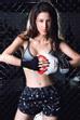 Khi mặc đồ tập gym, nữ diễn viên cũng hút hồn không kém.