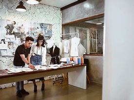 Sau Chi Pu, tới lượt Angela Phương Trinh bắt tay chinh phục lãnh địa thời trang