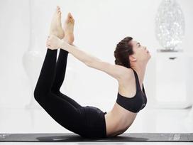 3 động tác yoga đánh bay mỡ bụng hiệu quả đang được các chị em săn lùng nhiều nhất