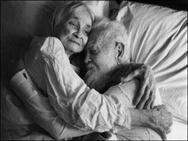 9 cặp đôi chứng minh cho bạn thấy 'tình yêu vĩnh cửu là có thật'