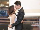 Thái Trinh - Quang Đăng liên tục hôn nhau trước đông đảo truyền thông