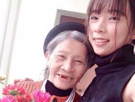 Xúc động bà 75 tuổi chăm cháu mồ côi học giỏi, xinh đẹp như hotgirl