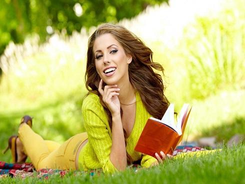 Phụ nữ hãy tự tạo niềm vui cho mình và đừng bao giờ sợ nỗi cô đơn!