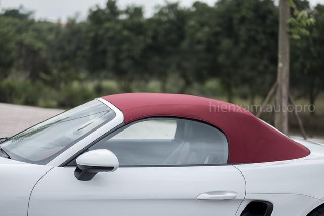 Cận cảnh Porsche 718 Boxster giá 4,5 tỉ đồng tại Việt Nam - Ảnh 8.