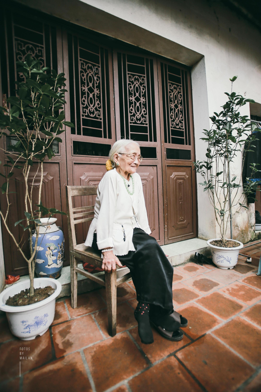 Bài học tình yêu từ cụ bà 94 tuổi, chờ chồng 52 năm mà vẫn mỉm cười khi chồng trở về với người vợ mới - Ảnh 6.