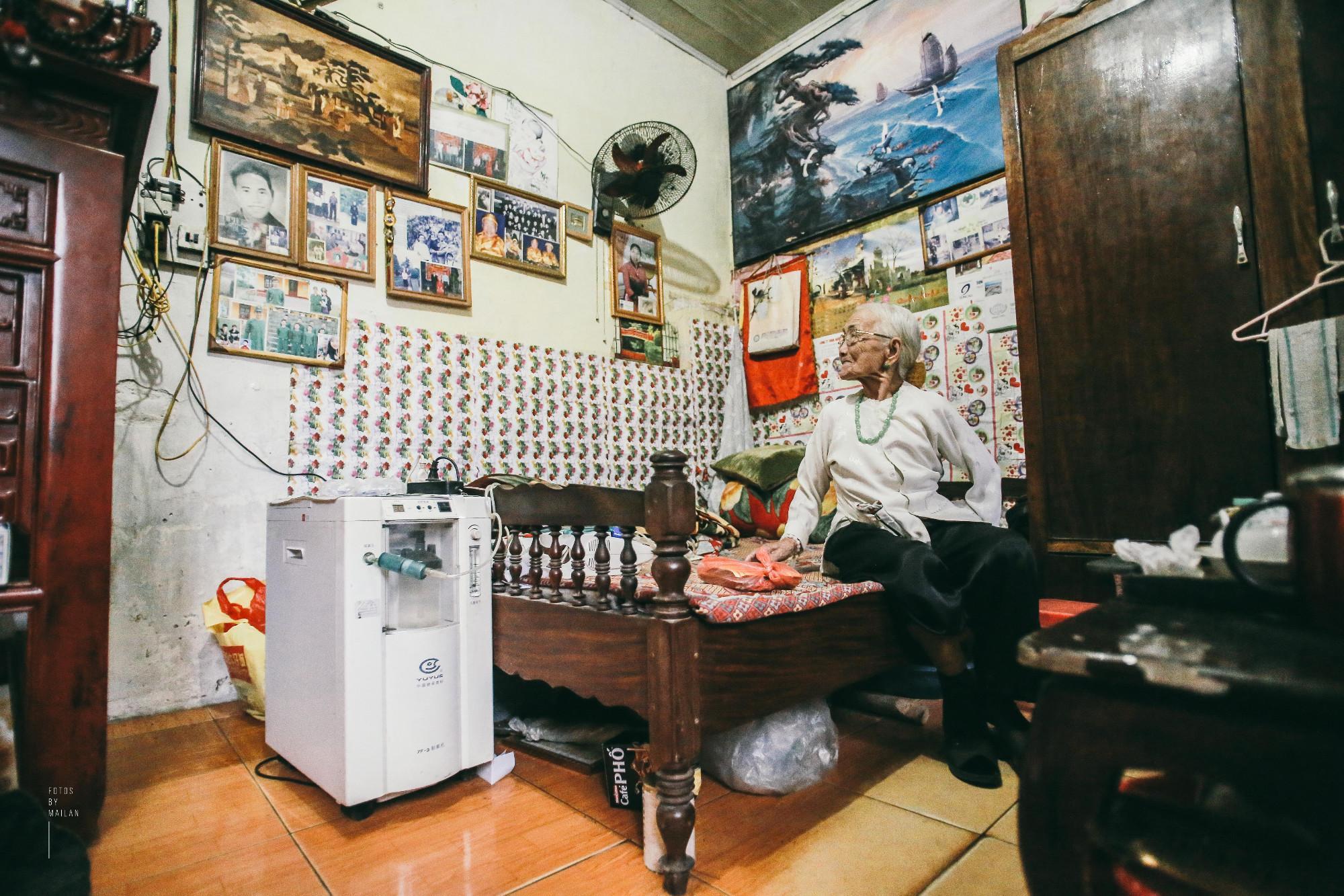 Bài học tình yêu từ cụ bà 94 tuổi, chờ chồng 52 năm mà vẫn mỉm cười khi chồng trở về với người vợ mới - Ảnh 7.