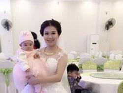 Ảnh cô dâu xinh đẹp cho con bú trong ngày cưới khiến chị em bấn loạn