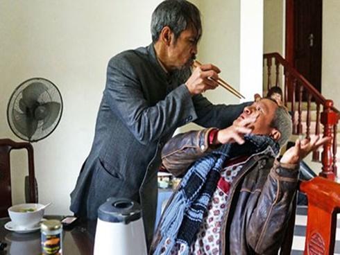 'Cảnh sát hình sự - Người phán xử' bị chê quá bạo lực, thô tục, êkip làm phim nói gì?